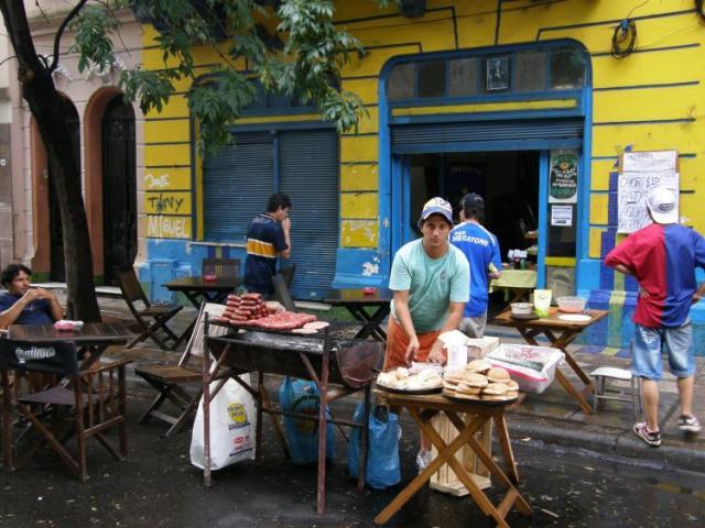 Buenos Aires, občerstvení na El Caminito - Buenos Aires 2009