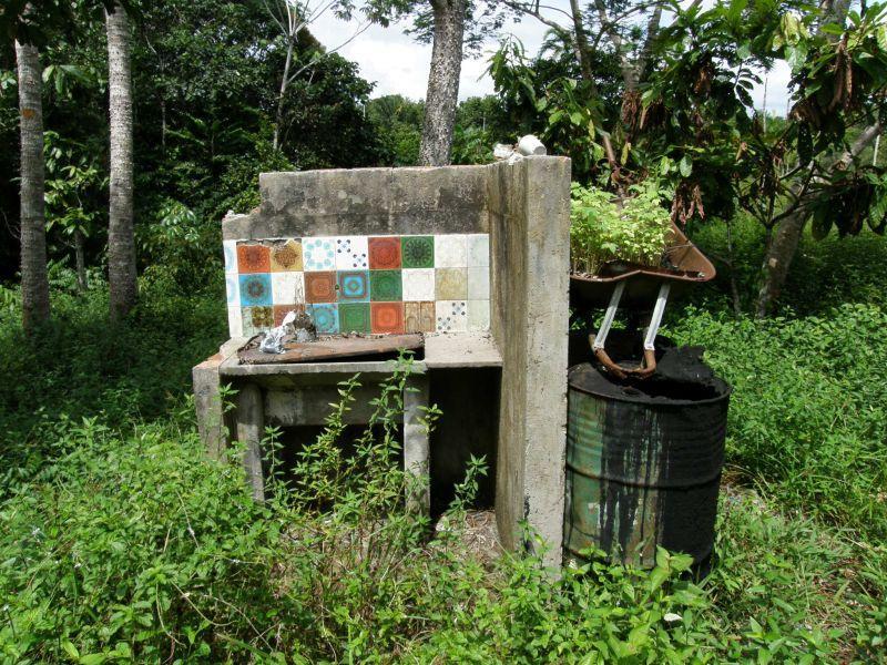 kuchyně opuštěného domu - Brazílie- Amazonie a Manaus
