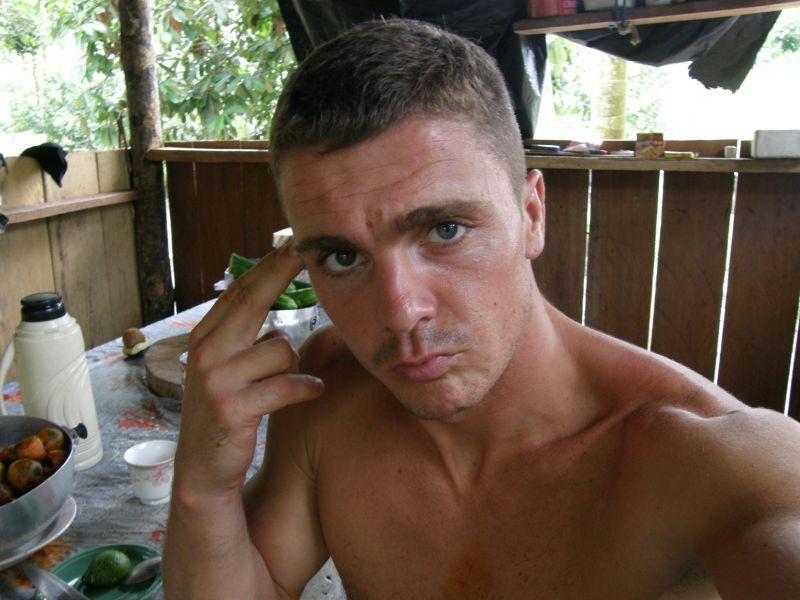unaven po návratu z dvoudenního pochodu džunglí - Brazílie- Amazonie a Manaus