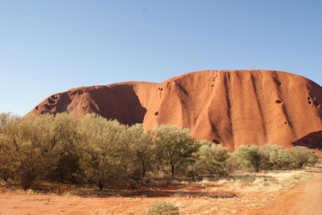 Ayres Rock / Uluru v pozdním odpoledni 2 - Centrální Austrálie