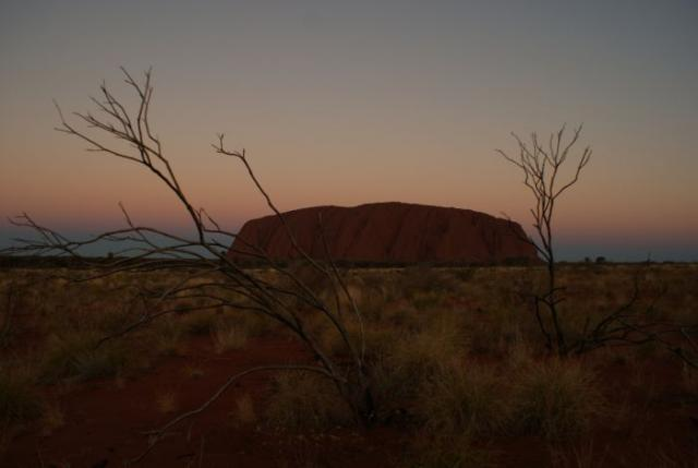 Den se loučí s Uluru - Centrální Austrálie