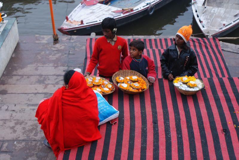 India - Holy city of Varanasi photo no. 2