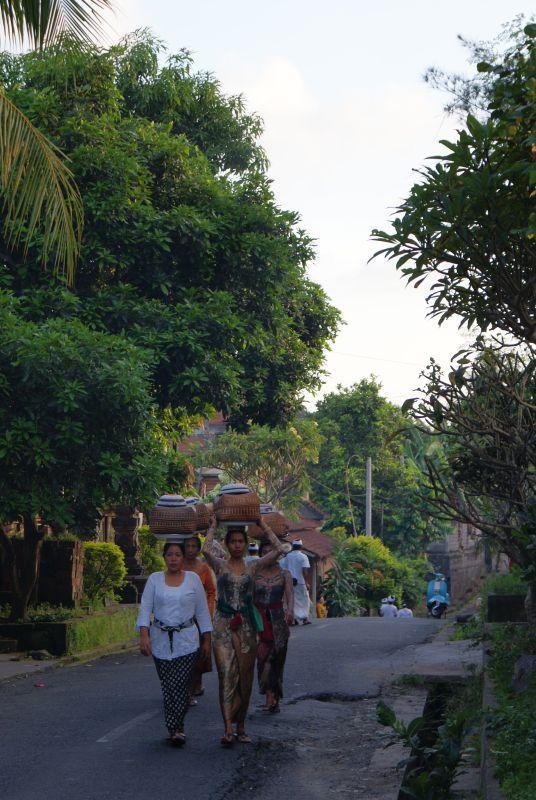Kouzelné Balinéské ženy - Indonésie- Bali