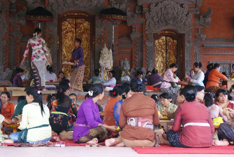 V ženském chrámu - Indonésie- Bali