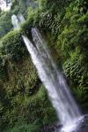 První vodopád poblíž Senaru 4 - Indonésie- Lombok