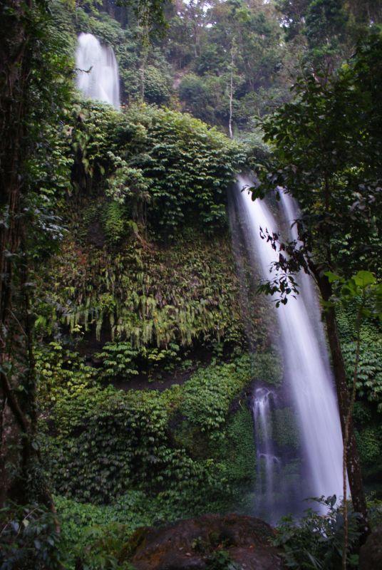 První vodopád poblíž Senaru 7 - Indonésie- Lombok