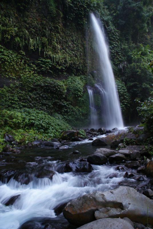 První vodopád poblíž Senaru 9 - Indonésie- Lombok