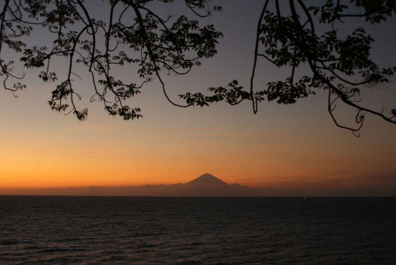 Sopka na severovýchodě Bali- pohled z Lomboku - Indonésie- Lombok