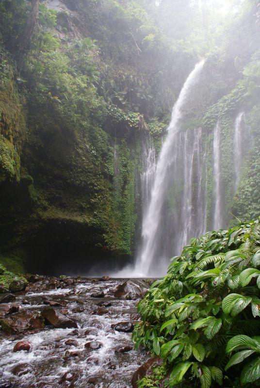 Vodopád poblíž Senaru 2 - Indonésie- Lombok