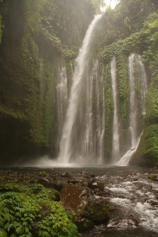 Vodopád poblíž Senaru 6 - Indonésie- Lombok