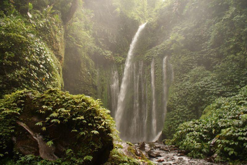 Vodopád poblíž Senaru 7 - Indonésie- Lombok