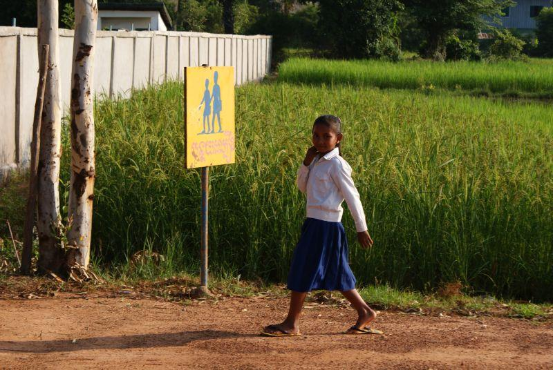 cestou do školy - Kambodža- Phnompenh a okolí