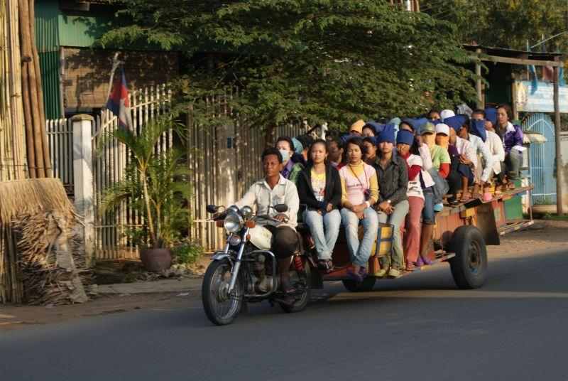 Fascinující doprava) - Kambodža- Phnompenh a okolí