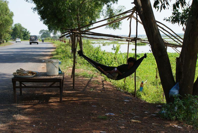 Prodavač u cesty - Kambodža- Phnompenh a okolí