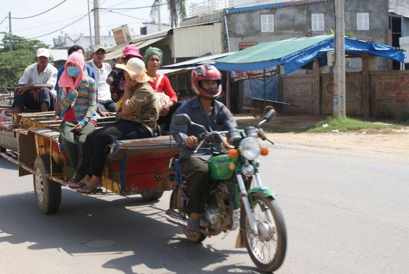 Cambodia- capital Phnomhpenh and its surroundings photo no. 16
