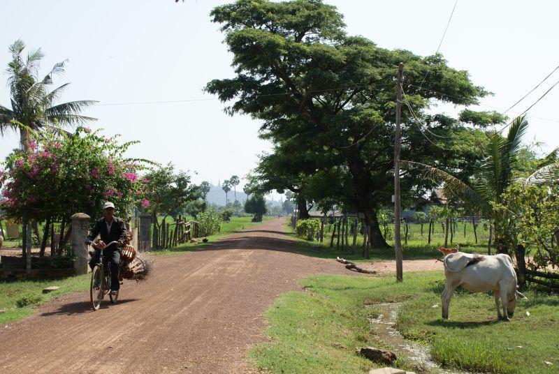 Vesnička - Kambodža- Phnompenh a okolí